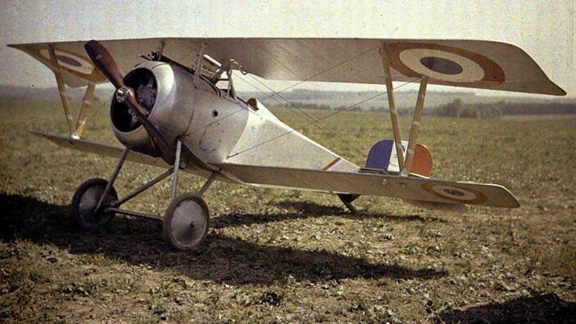 Dvouplošné letadlo