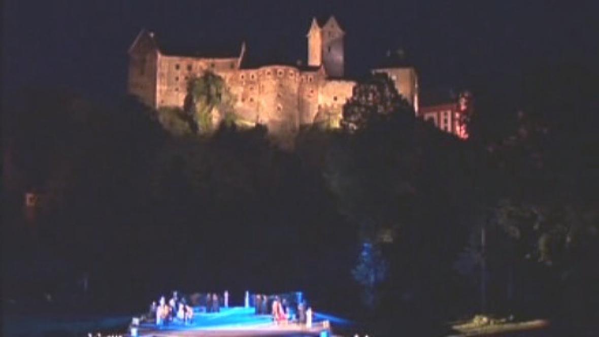 Amfiteátr pod loketským hradem