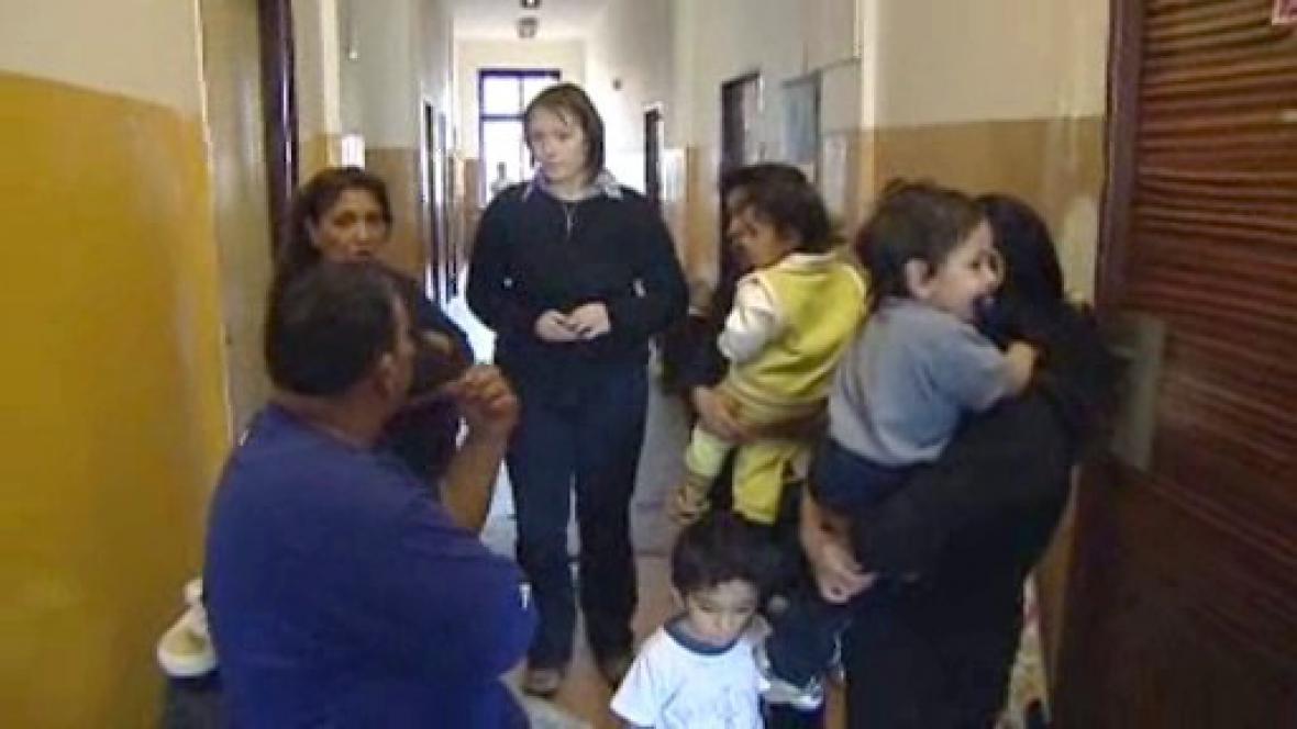 Romové ze zrušené ubytovny
