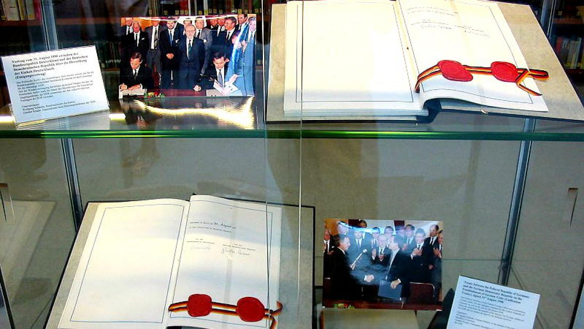 Smlouva o znovusjednocení Německa