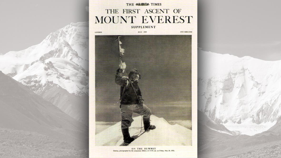 Tenzing na vrcholu Everestu.