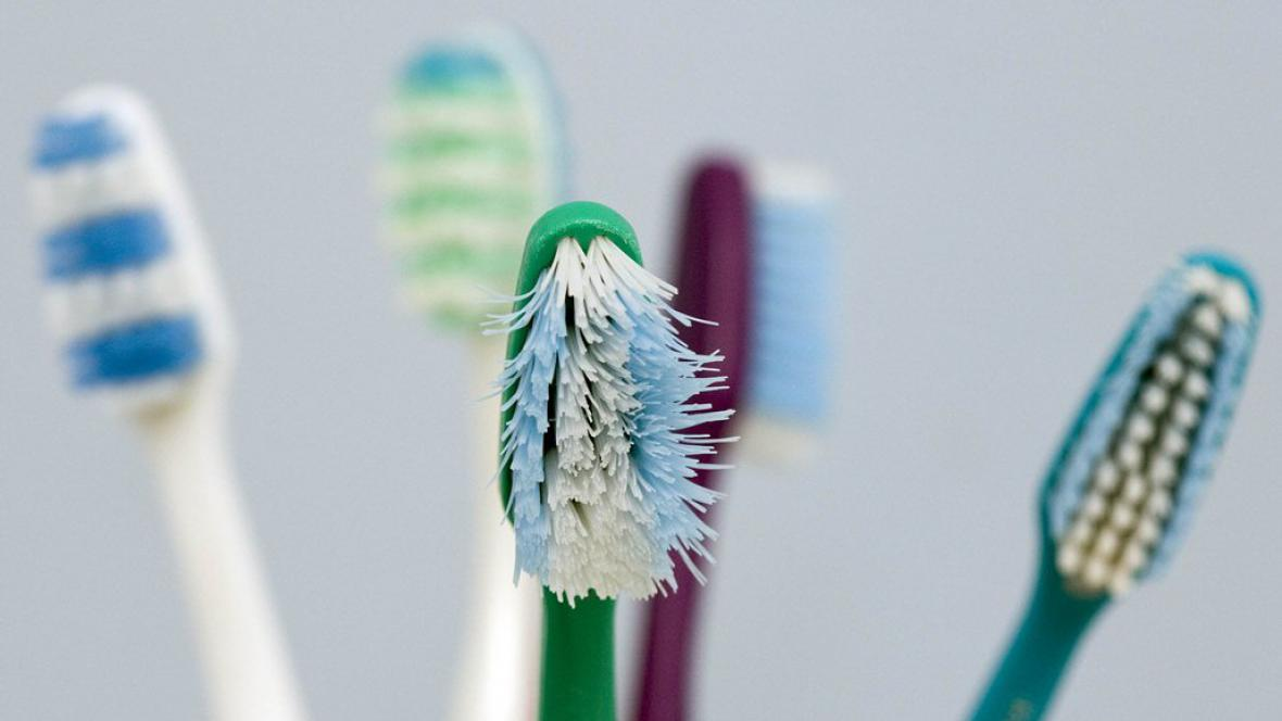 Zubní kartáčky