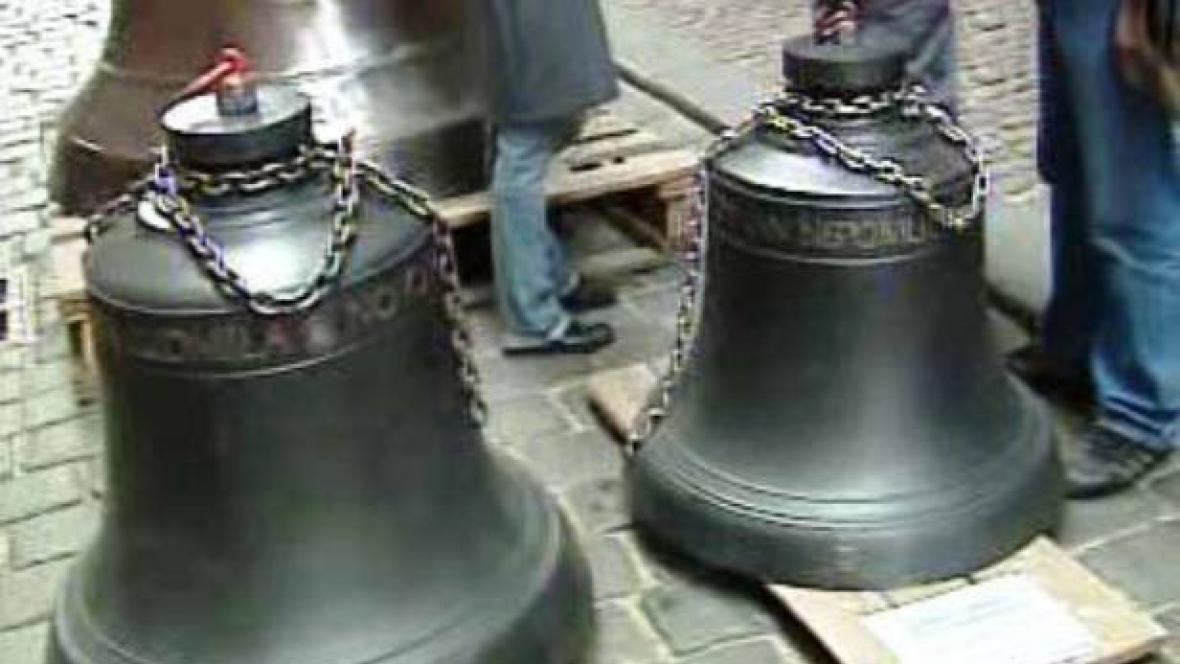 Nové zvony do Týnského chrámu