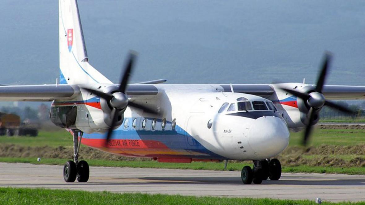 Letadlo An-24