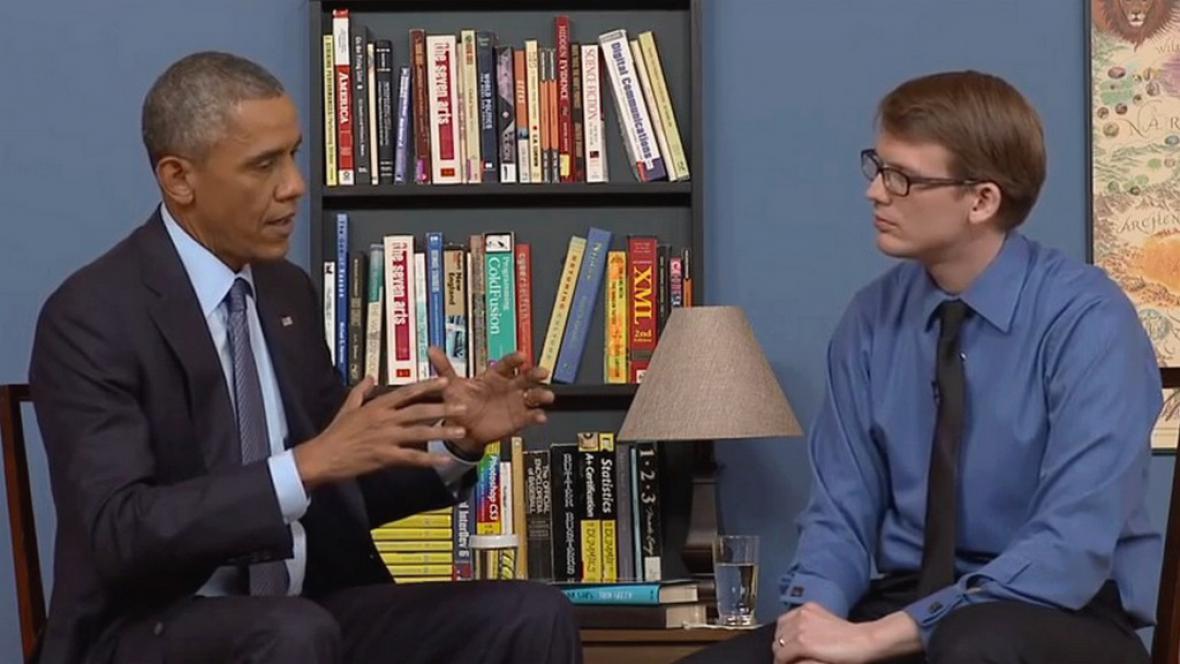 Obama v rozhovoru pro osobnosti YouTube