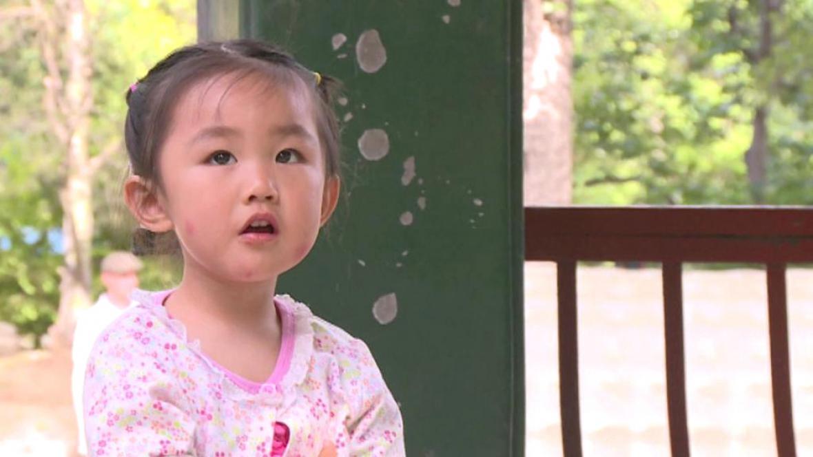 Číňané si víc dětí nemůžou dovolit