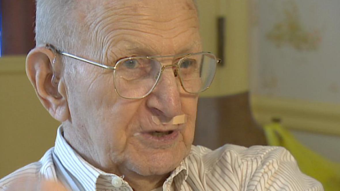 Robert Muthersbaugh, veterán druhé světové