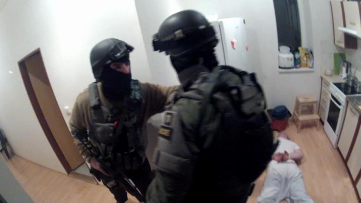 Akce Argo: Policie zasáhla proti gangu, který vydíral podnikatele