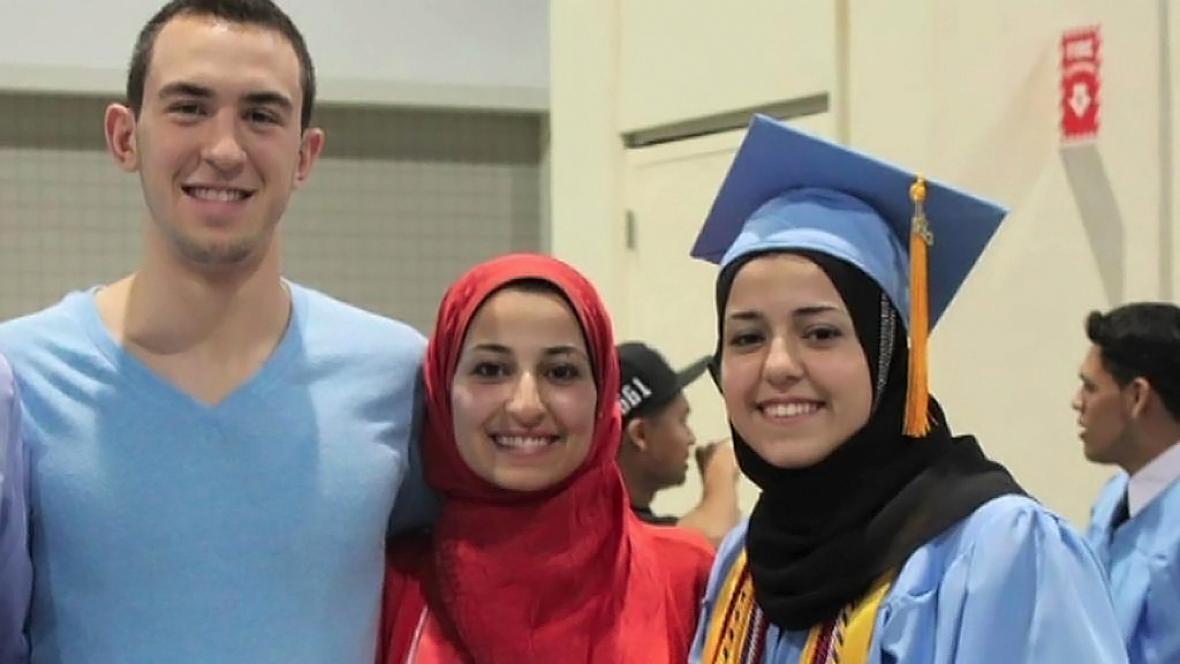 Deah Shady Barakat, Yusor Abu Salha a Razan Abu Salha