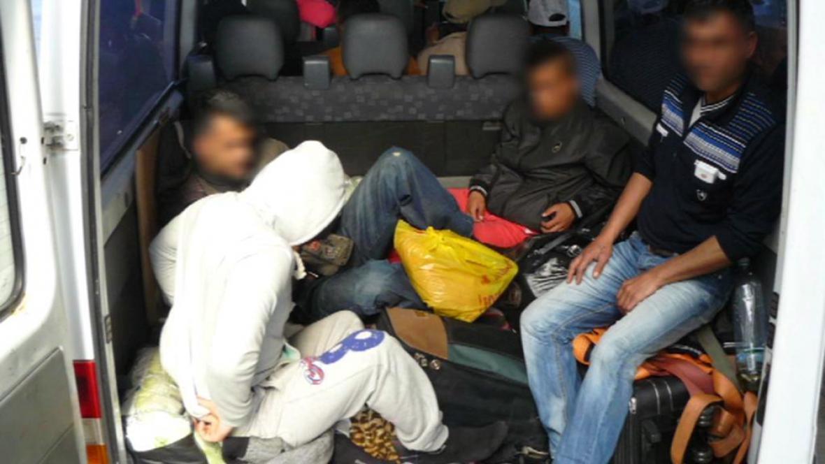 Převoz uprchlíků