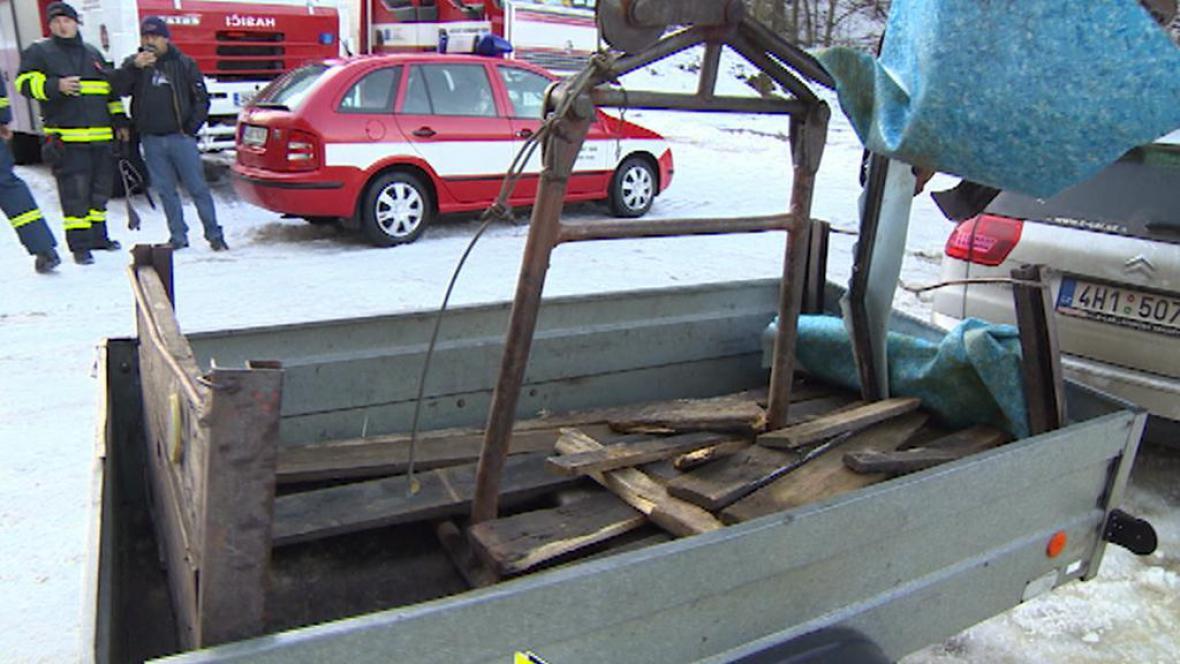 Zbytky lanovky po havárii