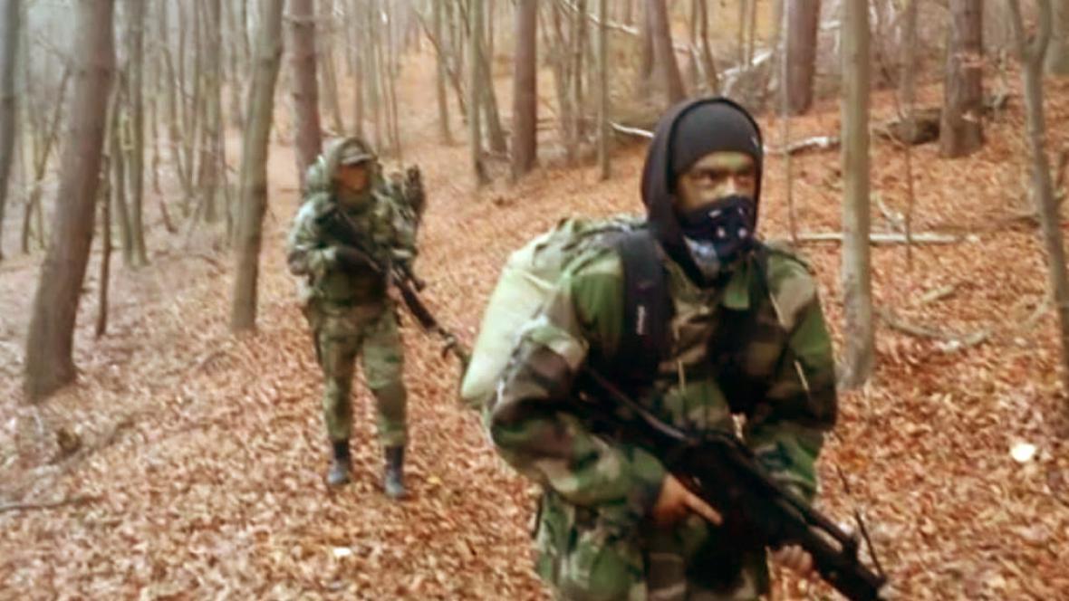 Výcvik slovenských polovojenských skupin