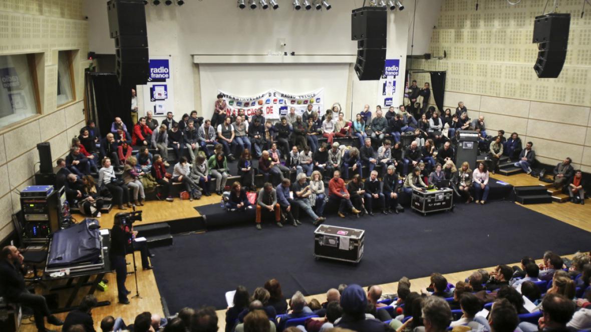 Stávkující pracovníci Radia France