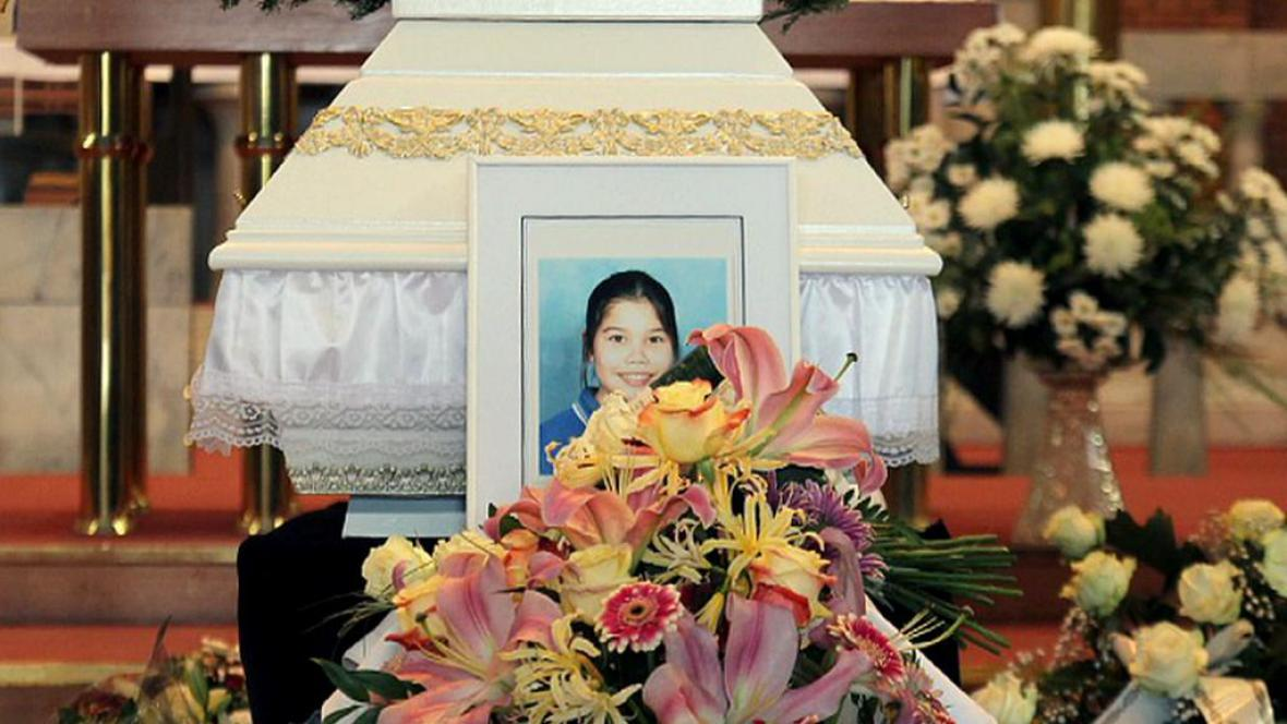 Katareeya trpěla rakovinou. Léčbu za 3 miliony pojišťovna neproplatila