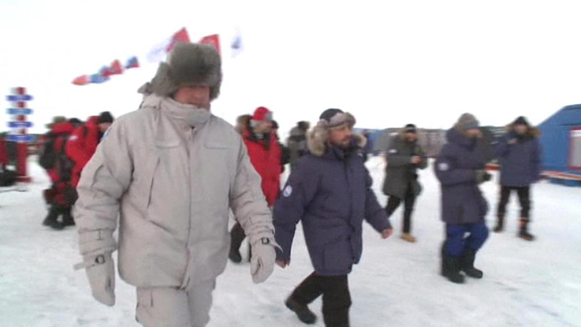 Dmitrij Rogozin v Arktidě
