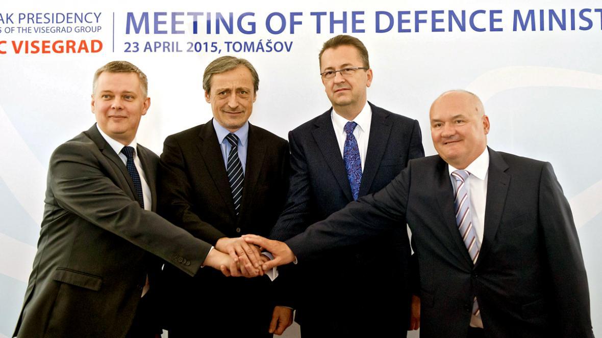 Schůzka ministrů obrany V4 ve slovenském Tomášově