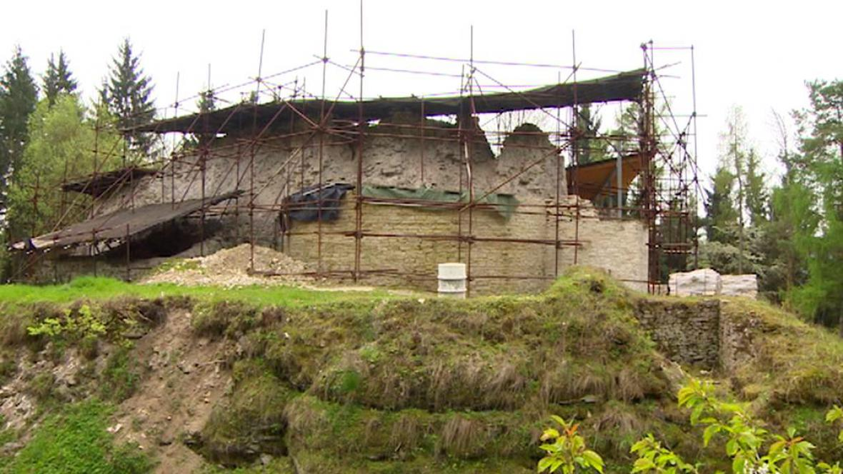 Zřícenina hradu Vízmburk