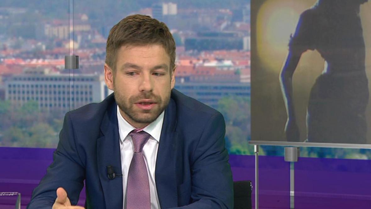 Robert Pelikán v Otázkách Václava Moravce