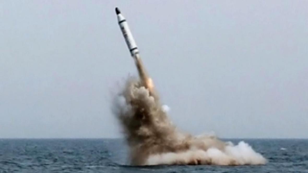Test severokorejské rakety typu SLBM