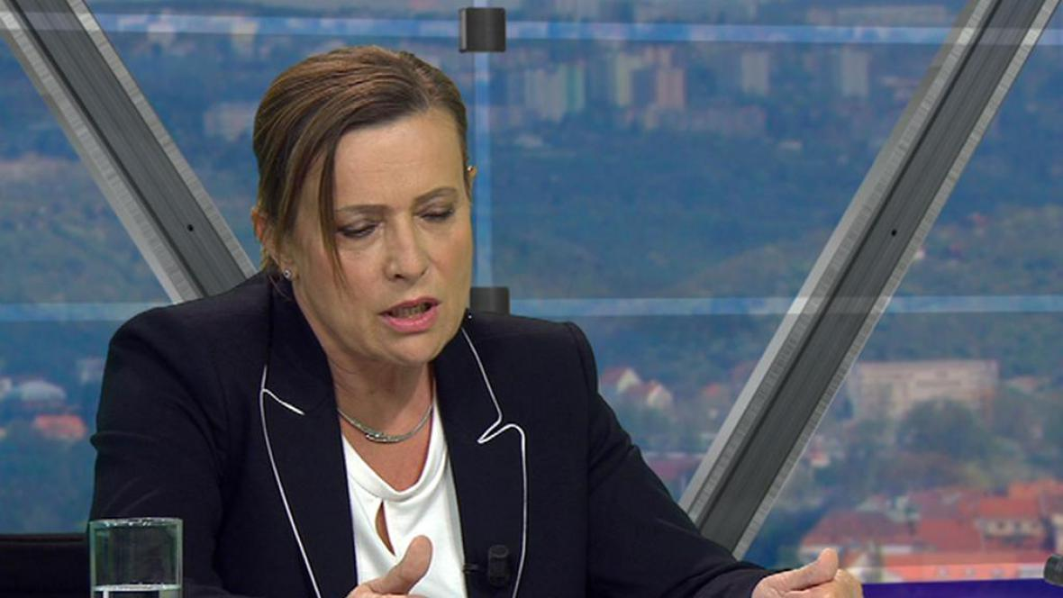 Alena Vitásková v Otázkách Václava Moravce