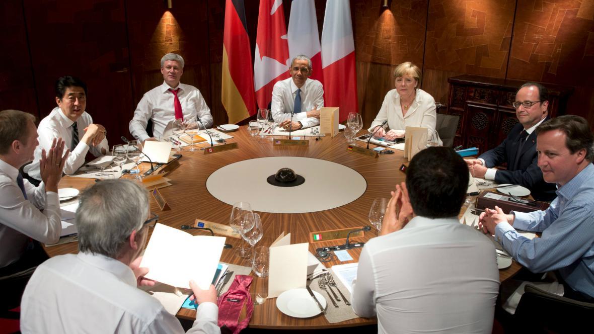 Pracovní večeře představitelů skupiny G7