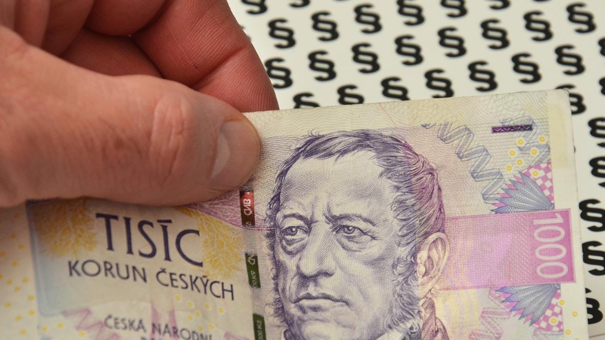 Finanční ústava prošla prvním čtením