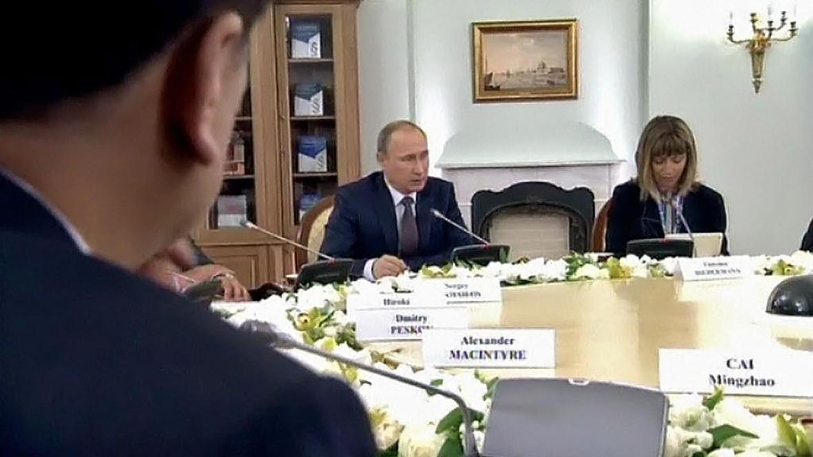 Putin: Pravomoci haagského arbitrážního soudu neuznáváme