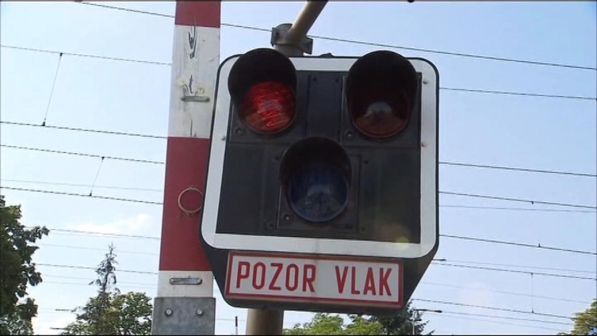 Studénka: Na červenou se jezdí dál