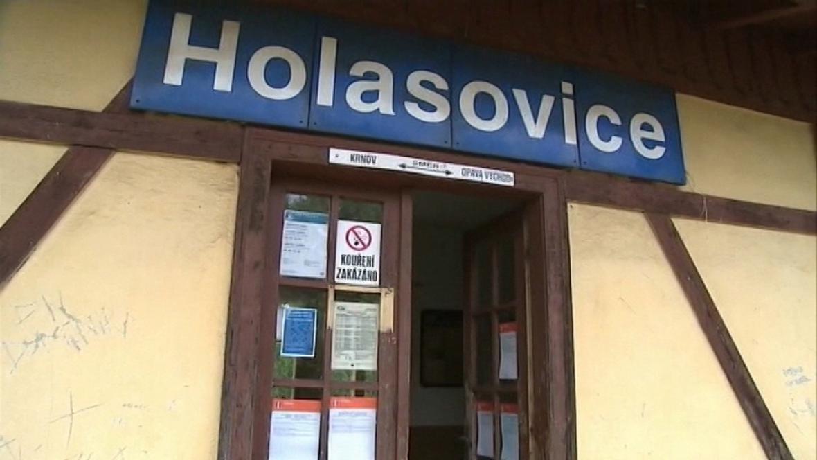 Nádraží Holasovice