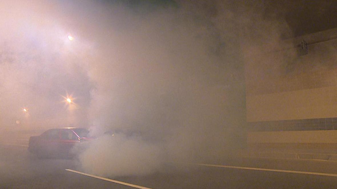 Požár v tunelu Blanka