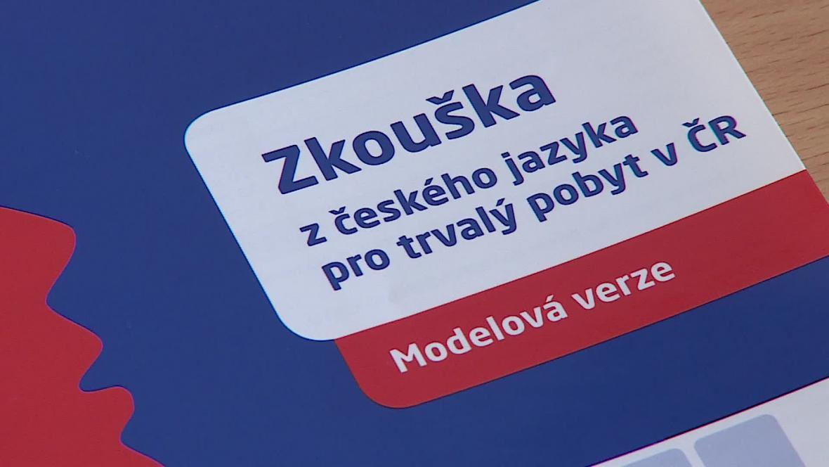 Ovládání češtiny je podmínkou k získání občanství
