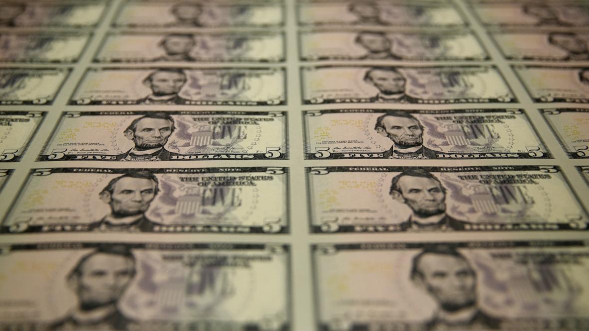 Pětidolarové bankovky