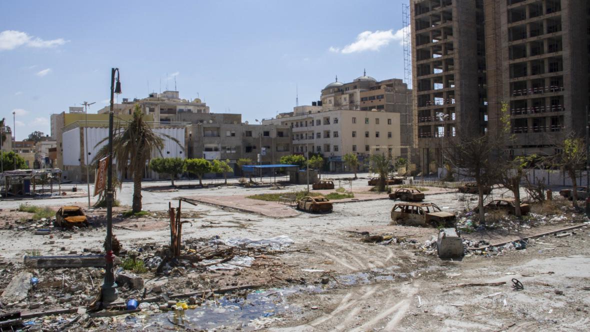 Libye poznamenaná bojem s Islámským státem