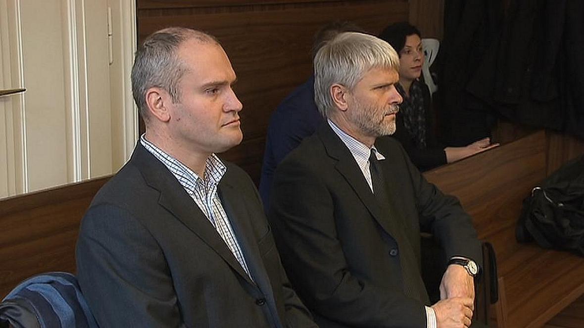 Exmanažeři pražského dopravního podniku Tomáš Petana a Jan Suntych