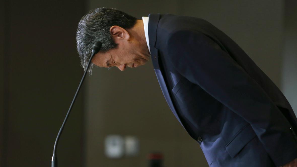 Generální ředitel a prezident Toshiby  Hisao Tanaka