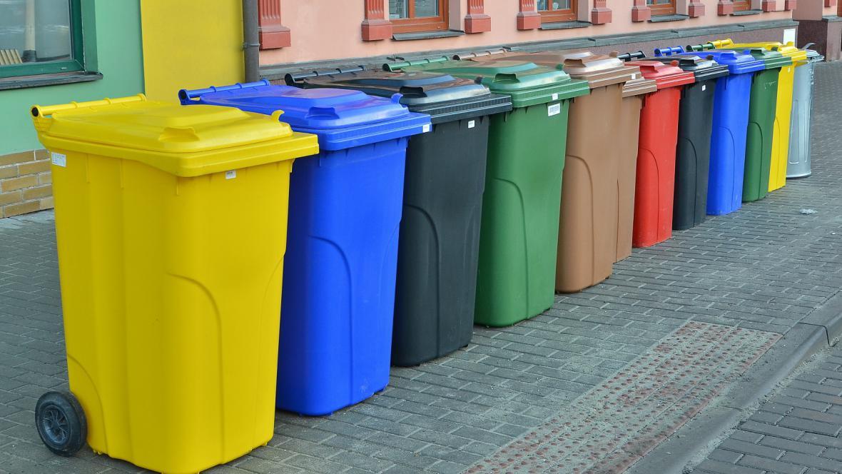 Popelnice na různé druhy odpadu