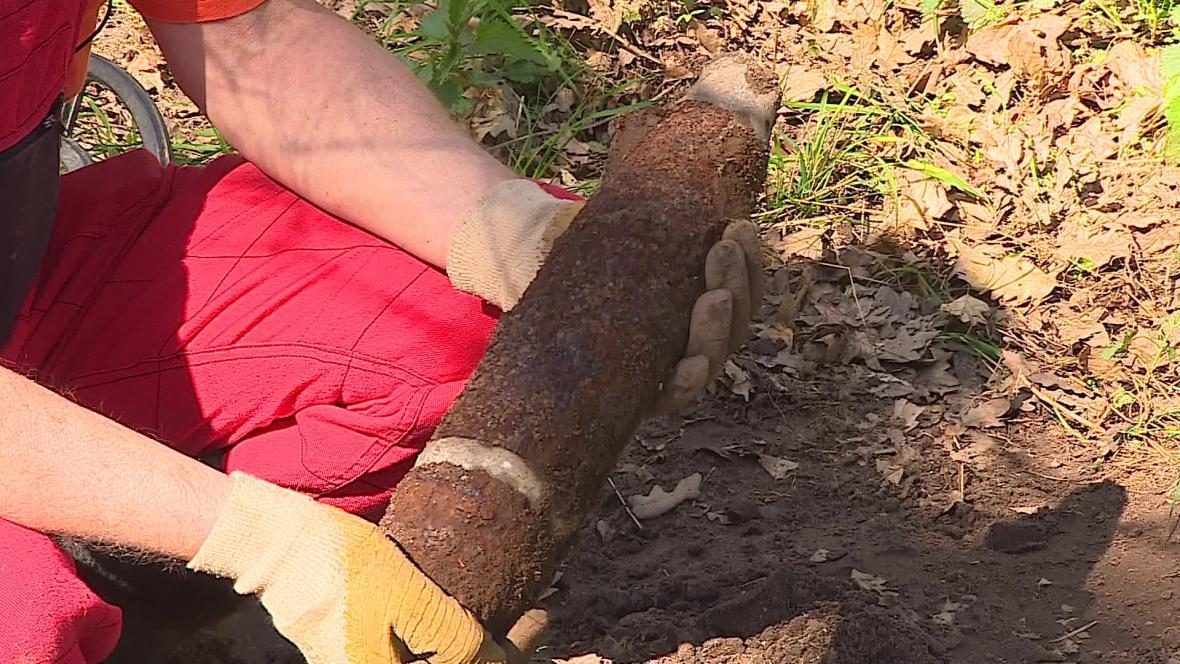 Pyrotechnici objevili za půl roku 123 granátů
