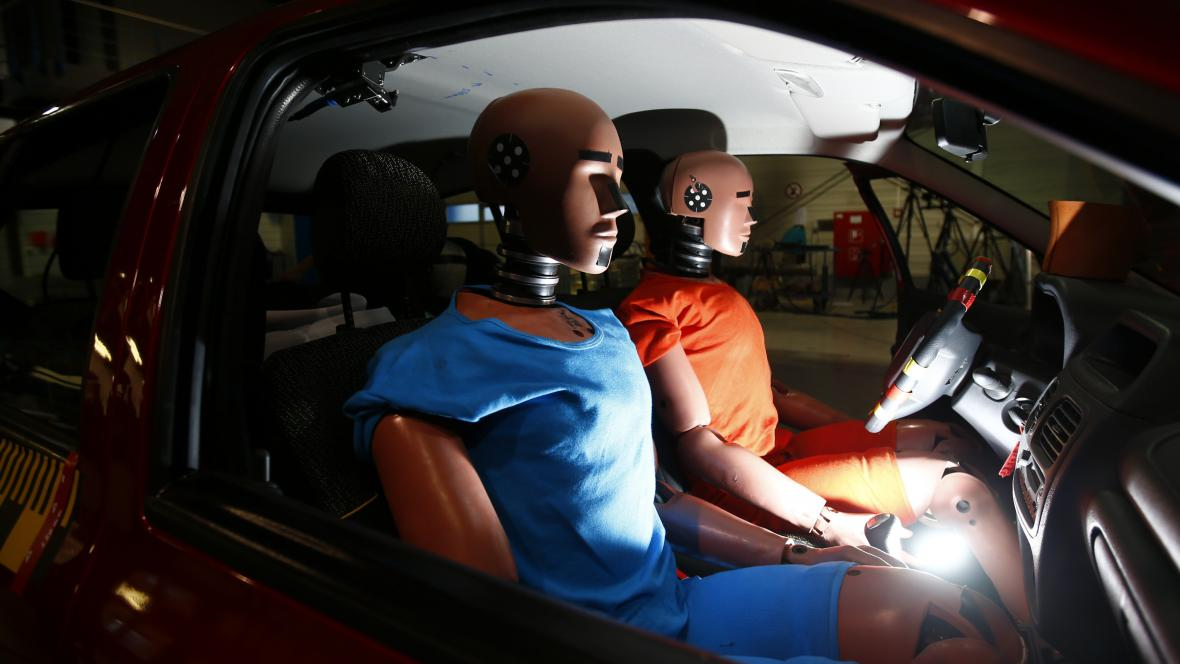 Figuríny určené ke crashtestu
