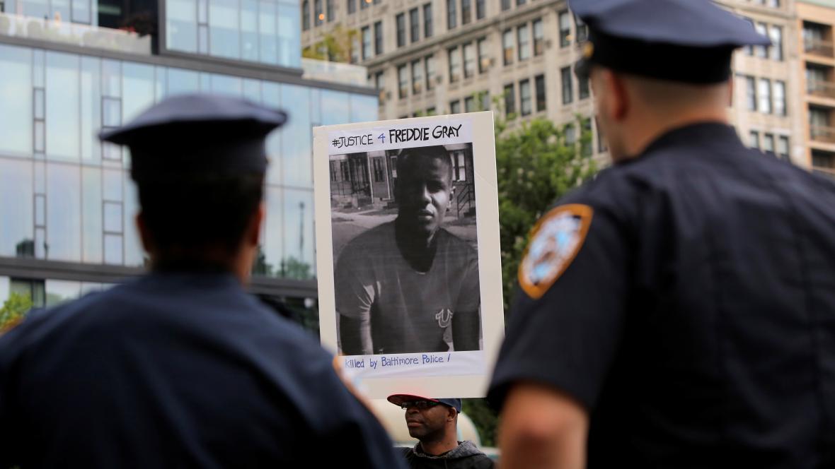 Červnová demonstrace kvůli Freddiemu Grayovi