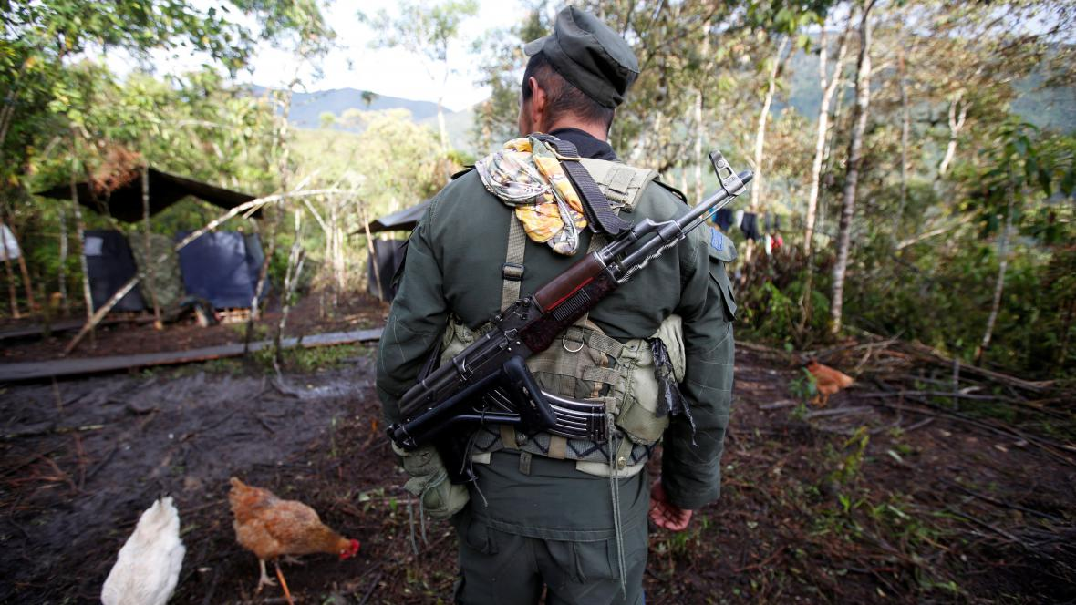 Bojovník FARC v Kolumbii