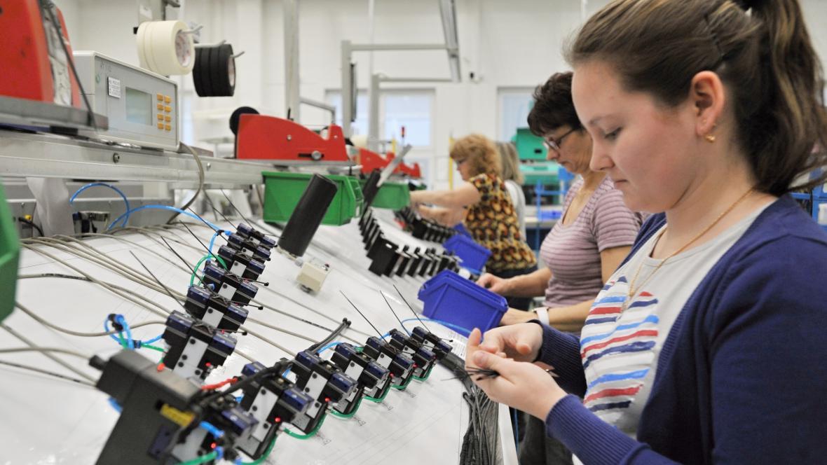 MD Eletronik z Chotěšova je přední evropský výrobce multimediálních kabelů do automobilů