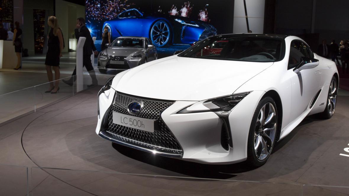 Hybridní vůz Lexus LC500h