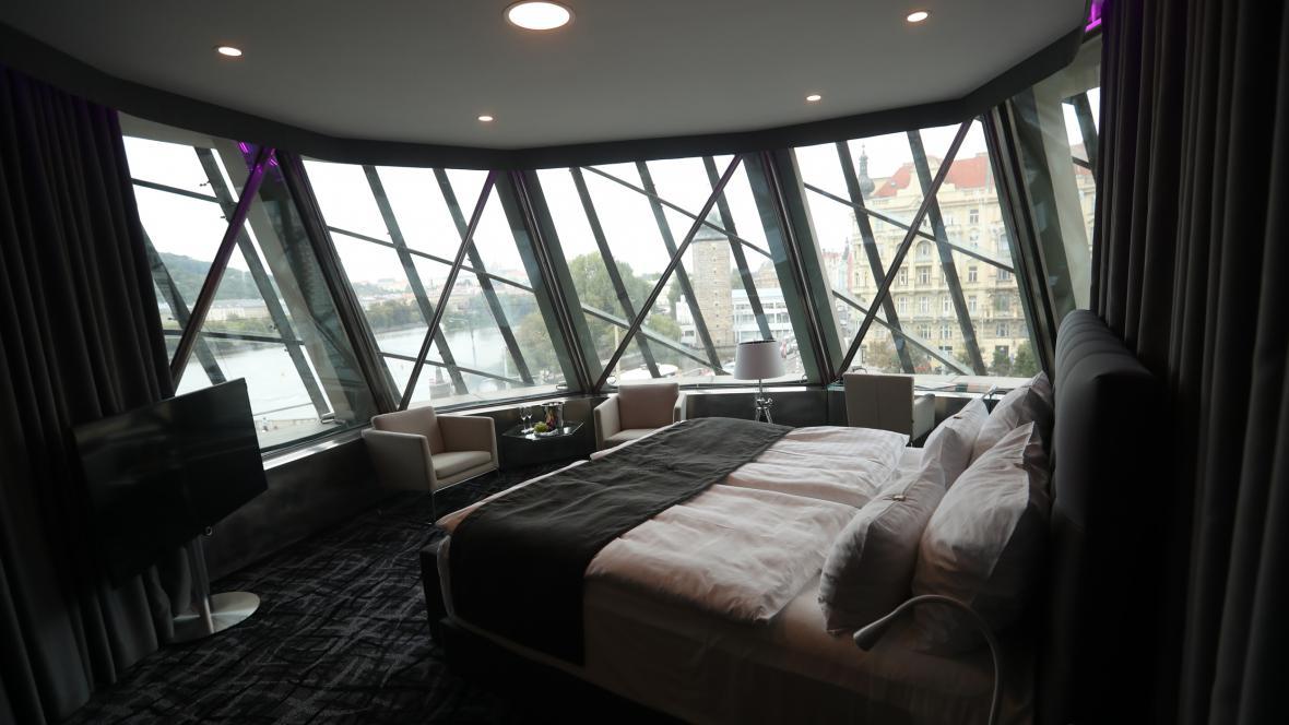 Hotelový pokoj v Tančícím domě