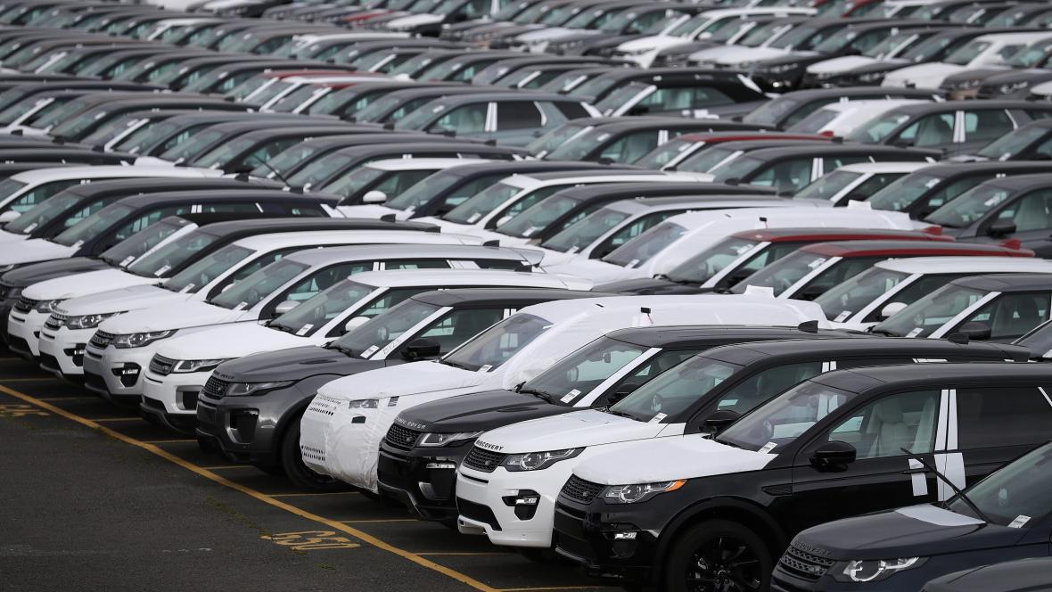 Auta značky Land Rover v Británii