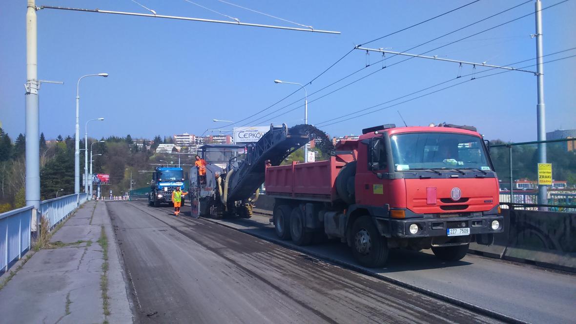 Zahájení opravy druhé poloviny nadjezdu ve Zlíně