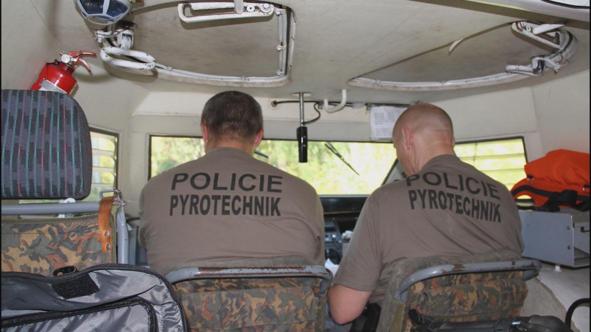 Policejní pyrotechnici ve Vrběticích
