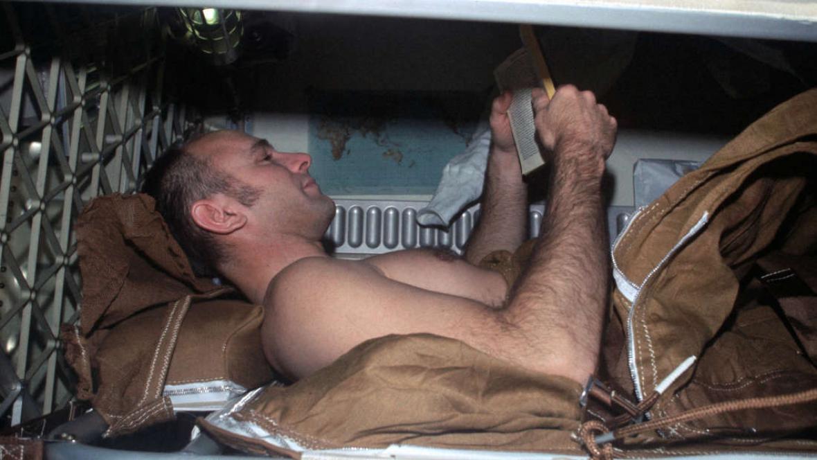 Americký experiment s ležením v posteli
