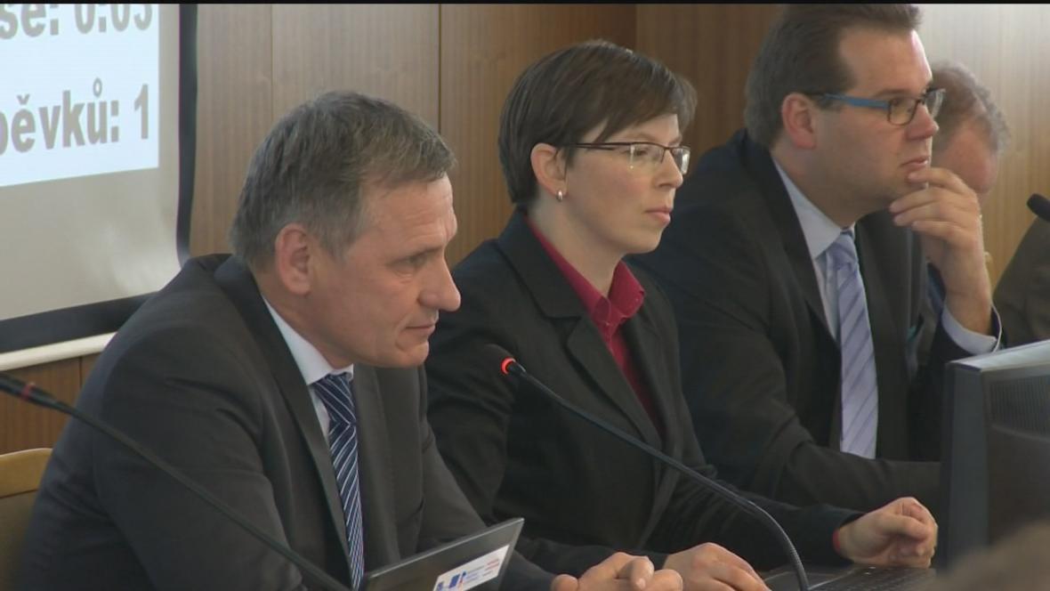 Jiří Čunek na úterním zasedání zastupitelstva Vsetína