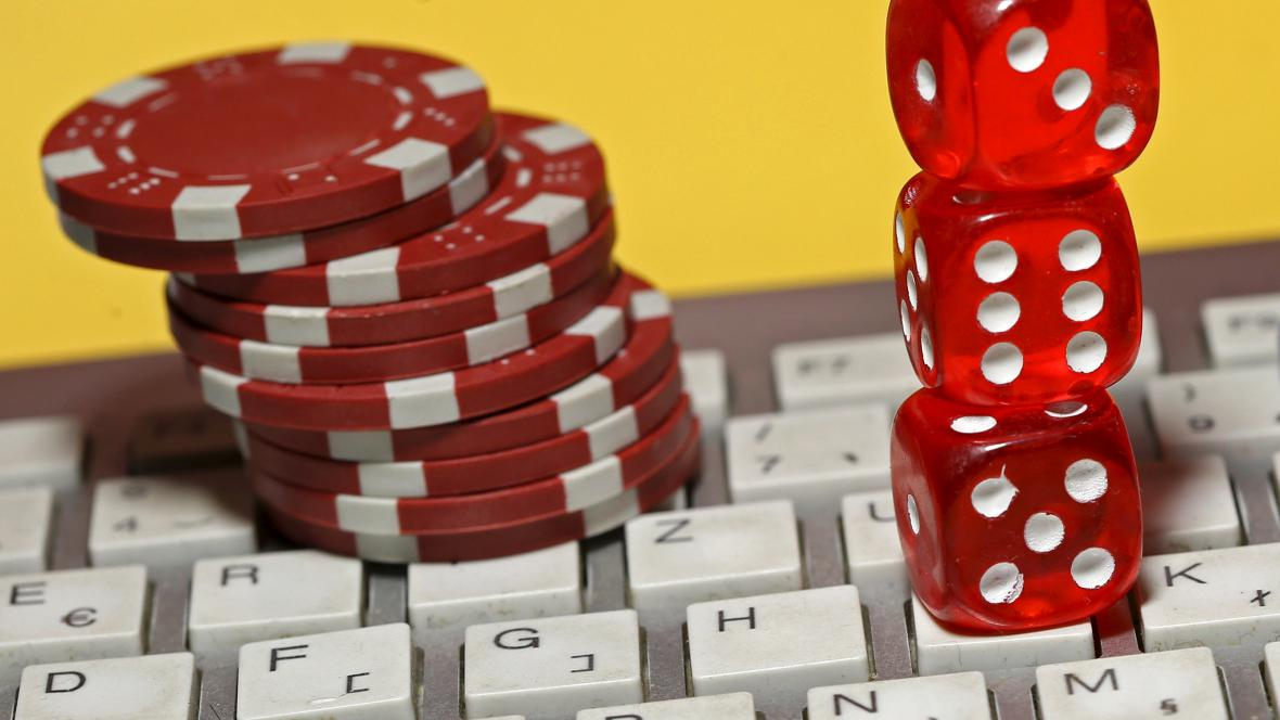 Hazard na internetu