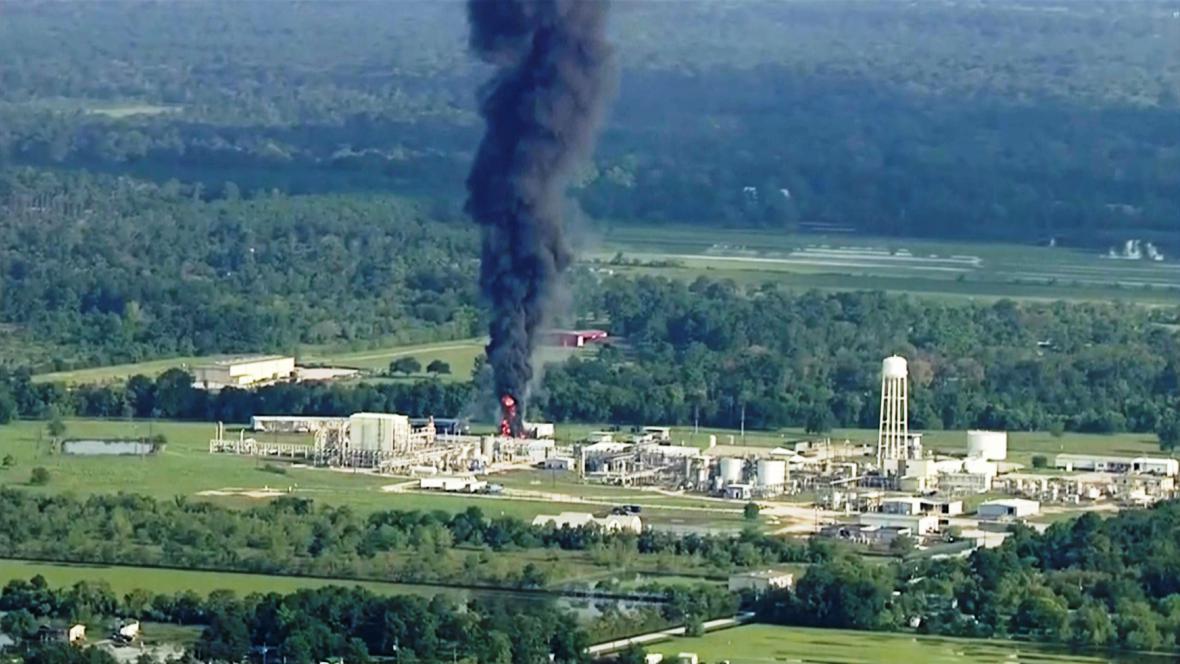Požár chemičky Arkema v Texasu